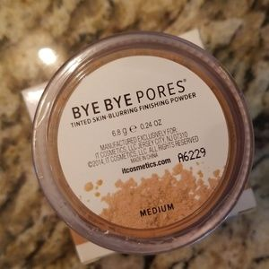 it cosmetics Makeup - it Cosmetics Bye Bye Pores Medium